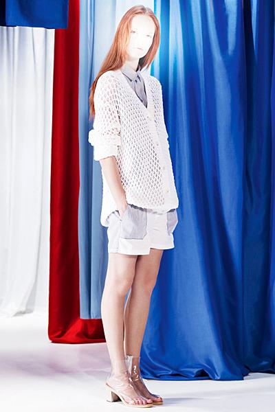 A.P.C., Chanel, MM6, Mother of Pearl, Paule Ka и Yang Li выпустили новые лукбуки. Изображение № 47.