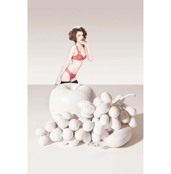 Изображение 36. Лукбуки: Intimissimi, Chantal Thomass, Victoria's Secret и другие.. Изображение № 18.