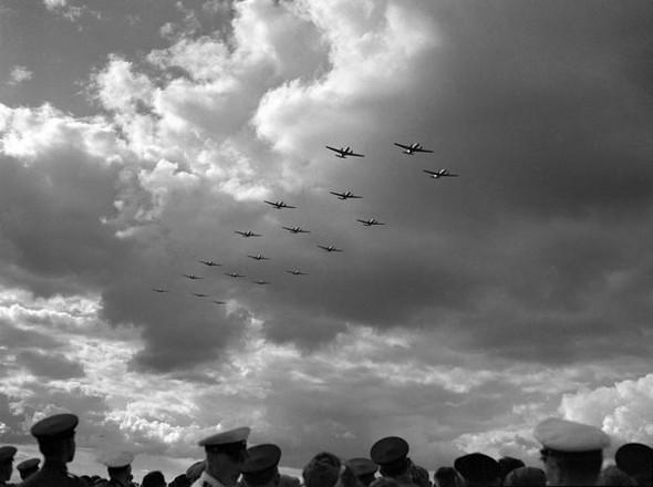 Воздушный парад в Тушино. Изображение № 121.