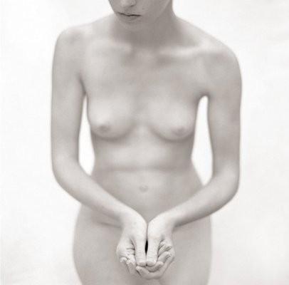 Mona Kuhn. Обнажённая искренность. Изображение № 7.