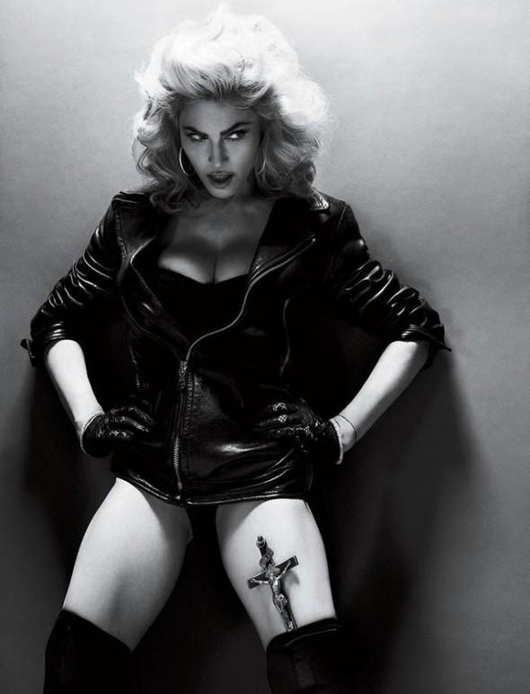 Мадонна в фото Мерта Аласа и Маркуса Пигготта для журнала Interview. Изображение № 12.