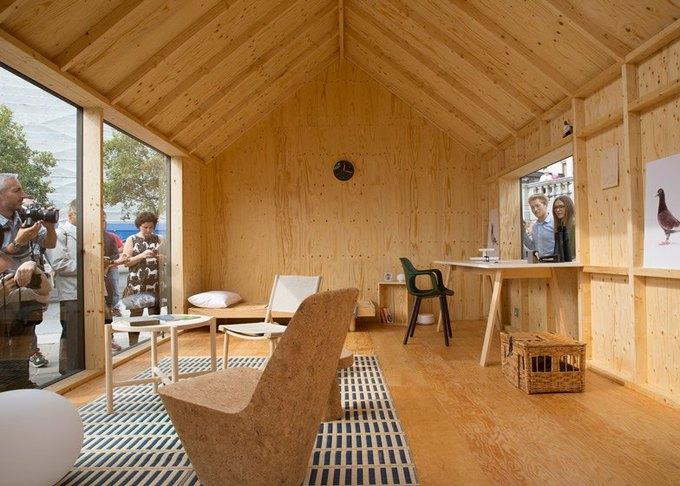 Дизайнеры создали инсталляцию для Airbnb на Трафальгарской площади. Изображение № 15.