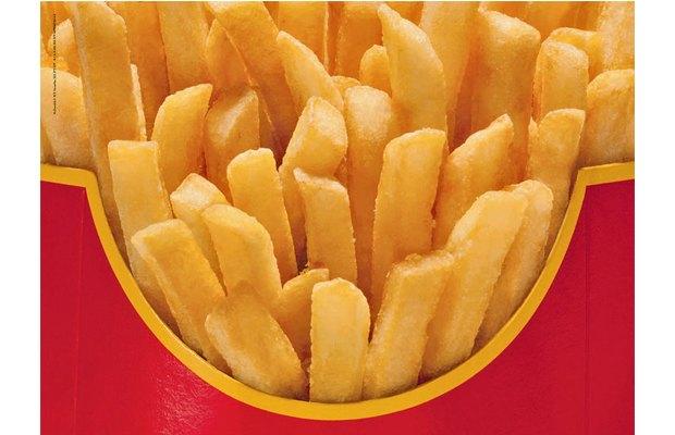 McDonald's запустил рекламную кампанию без брендинга. Изображение № 2.