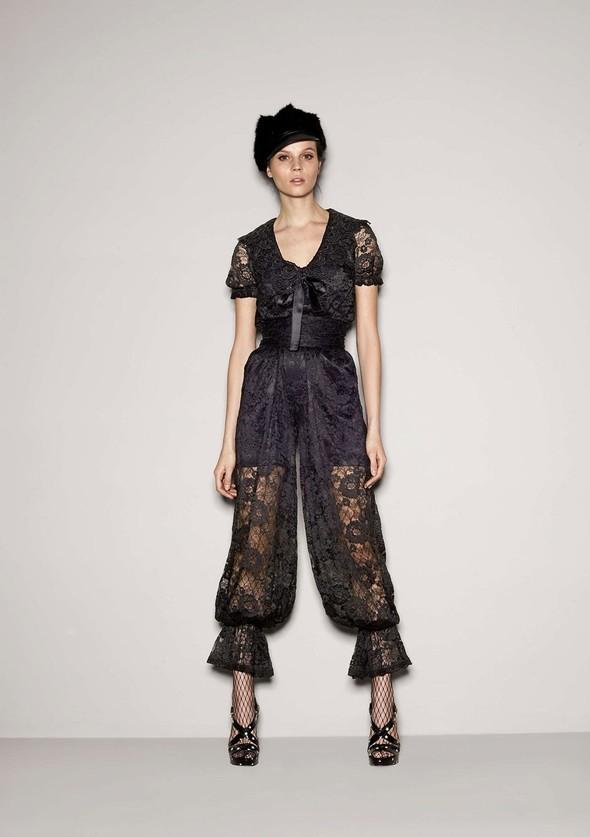 Лукбук: Dolce & Gabbana FW 2011 Women's. Изображение № 39.
