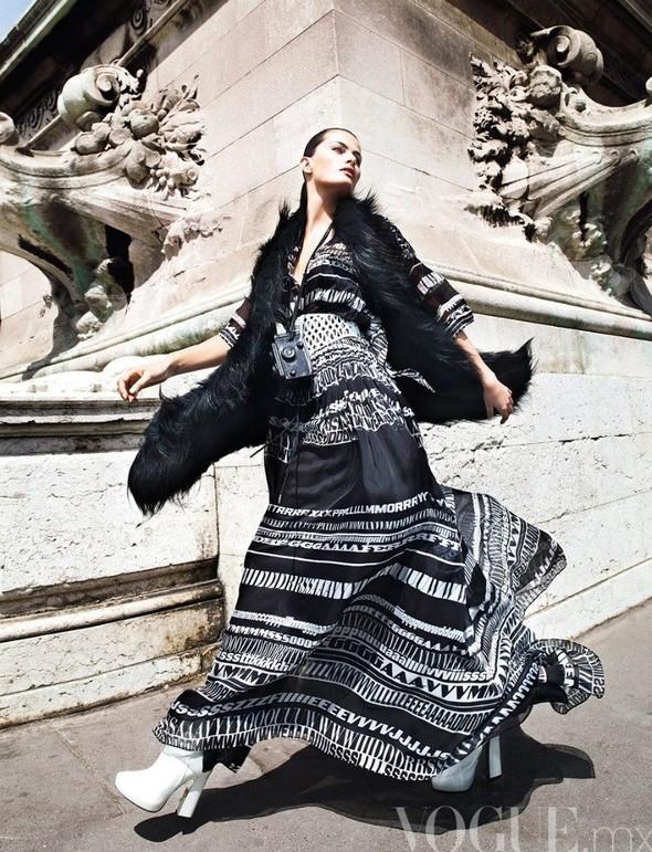 Съемка: Изабели Фонтана для мексиканского Vogue. Изображение № 3.