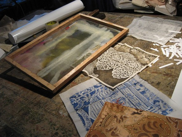 Ручная набойка по ткани: Е.А.Шнайдер и Н.Чурбакова. Изображение № 9.