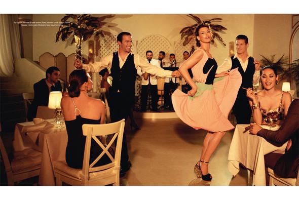 Новые съемки: Vogue, Nylon и другие. Изображение № 23.