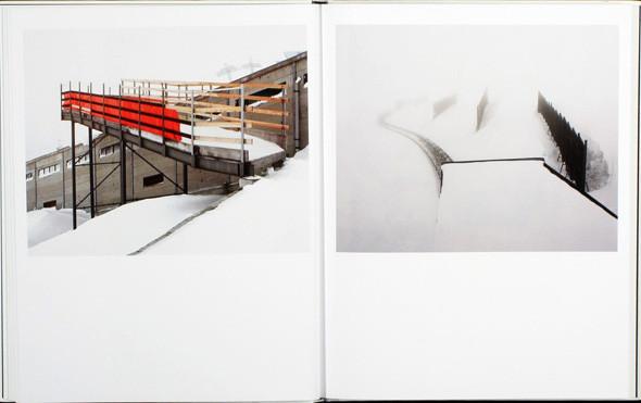 9 атмосферных фотоальбомов о зиме. Изображение № 95.