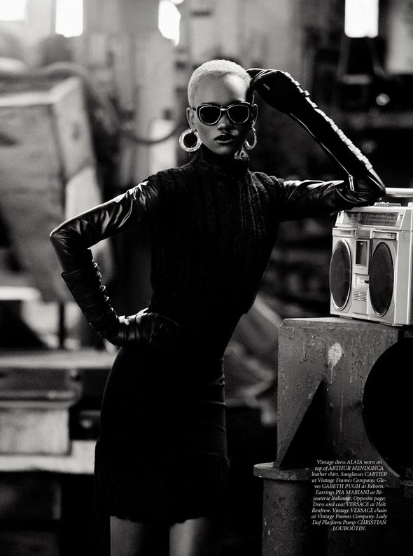 Съёмка: Herieth Paul 4 Dress to Kill Winter 2011 by Max Abadian. Изображение № 2.