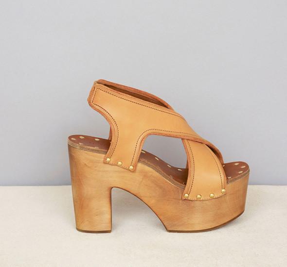 Лукбуки: обувь. Изображение № 12.