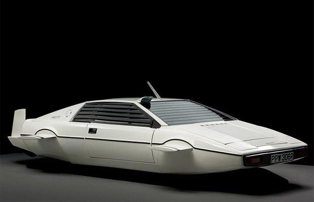 Элон Маск купил субмарину Джеймса Бонда. Изображение № 1.
