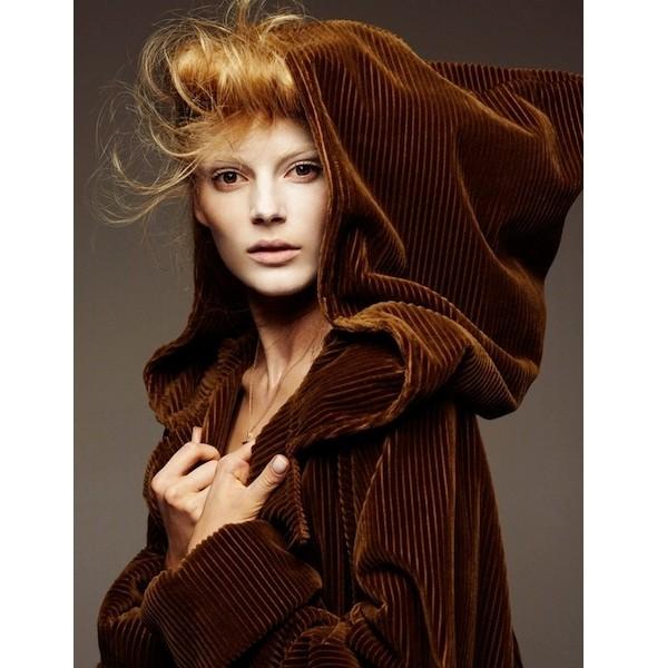 5 новых съемок: Dossier, Muse и Vogue. Изображение № 41.