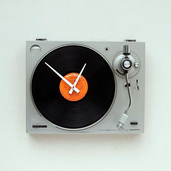 Необычный дизайн часов. Изображение № 3.