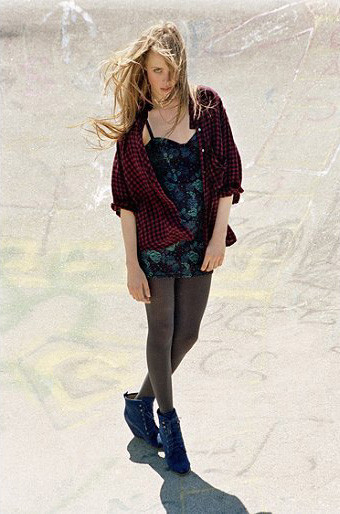 Лукбук: Urban Outfitters Fall 2011. Изображение № 17.