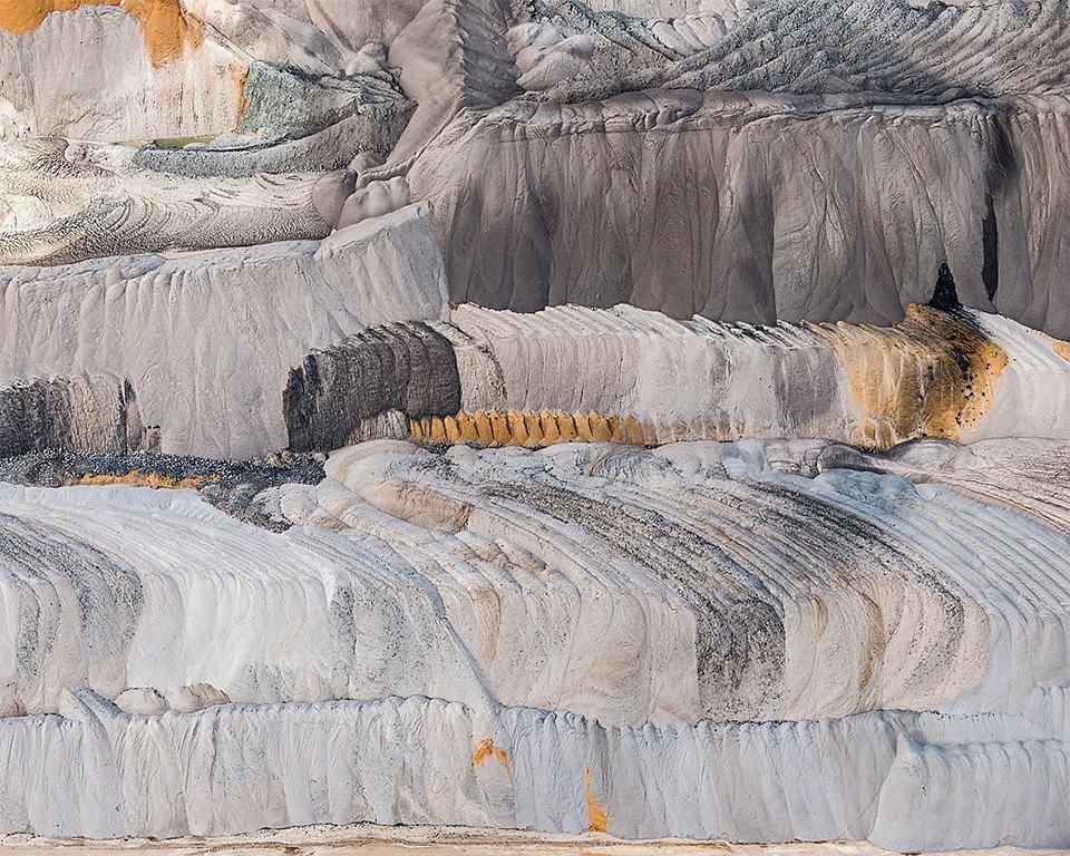 Захватывающие фотографии огромной угольной шахты. Изображение № 8.
