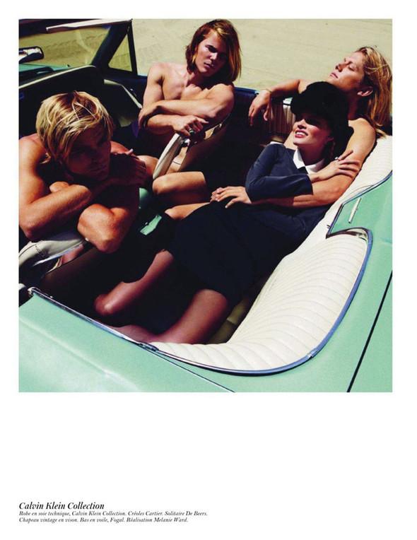 Съёмка: Аризона Мьюз, Лара Стоун, Наташа Поли и другие модели во французском Vogue. Изображение № 1.