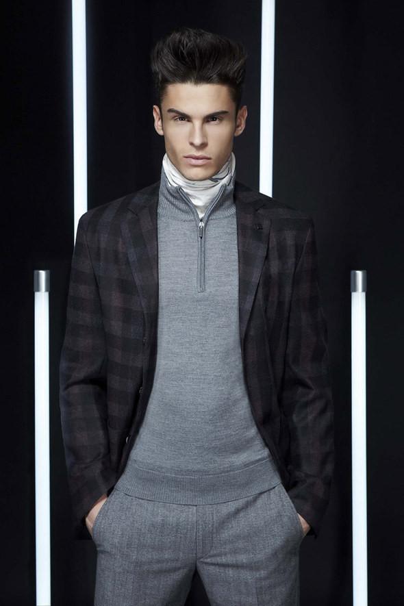 Изображение 31. Лукбуки: Bergdorf Goodman, Lagerfeld и Armani Exchange.. Изображение № 30.