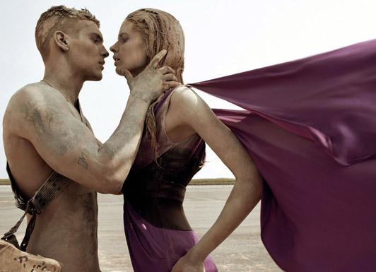 «Make Love NotWar» by Steven Meisel Vogue Italy. Изображение № 6.