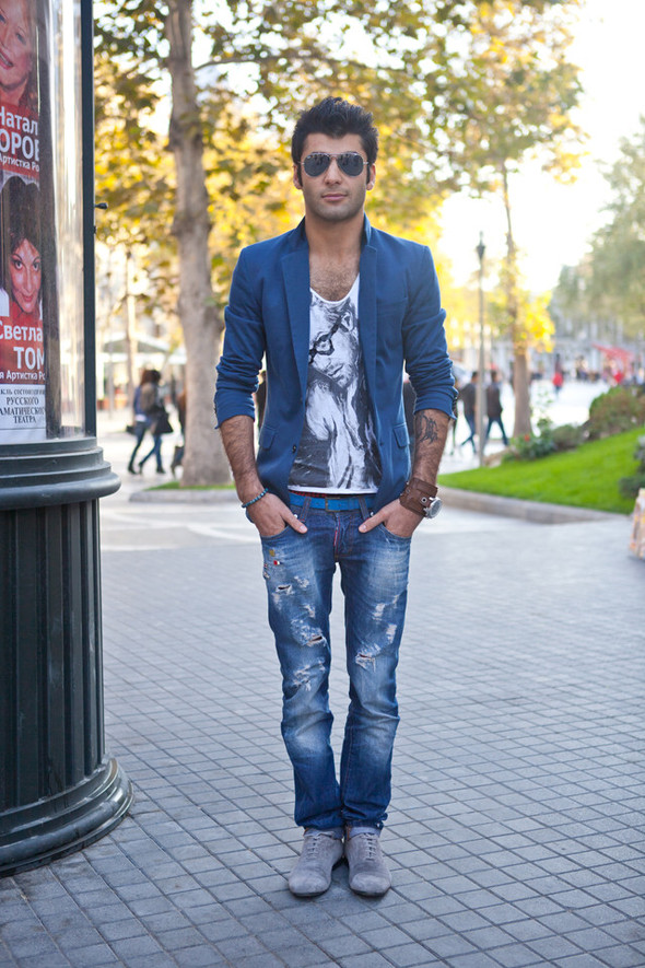 Baku Street Fashion Autumn 2011. Изображение № 3.