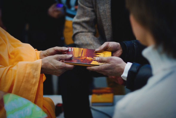 """Презентация книги Радханатха Свами """"Путешествие домой"""" 26.03.2012. Изображение № 25."""