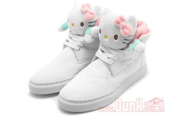 HELLO KITTY X UBIQ MASCOT FATIMA. Изображение № 2.