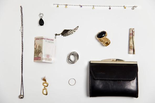 Lost & Found - коробка потерянных вещей в БВШД. Изображение № 3.