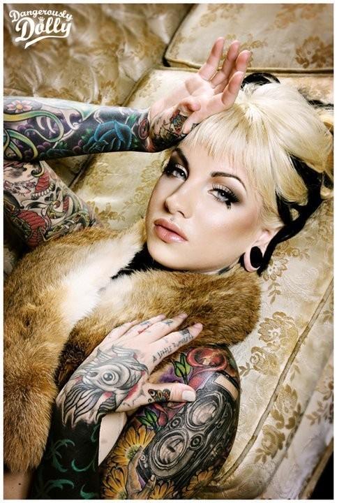 Изображение 30. Dangerously Dolly.. Изображение № 18.
