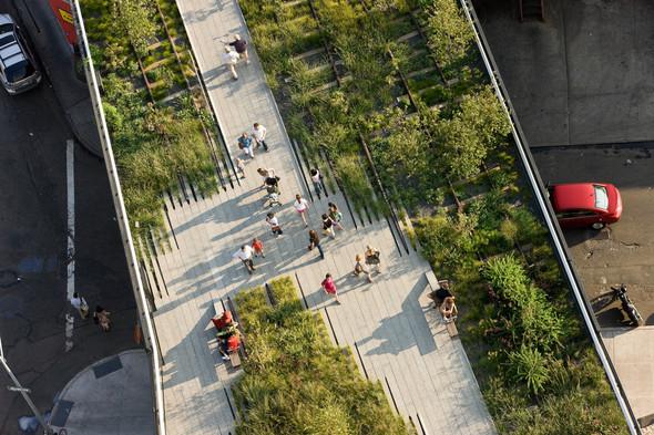 The High Line: история о том, как железная дорога обрела друзей. Изображение № 12.