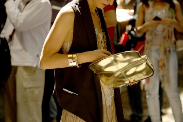Изображение 6. Девушки на Milan Fashion Week: день 2.. Изображение № 6.