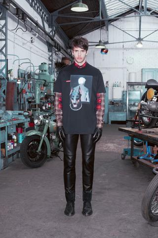 Givenchy, Comme des Garçons, Folk и другие марки показали новые лукбуки. Изображение № 3.