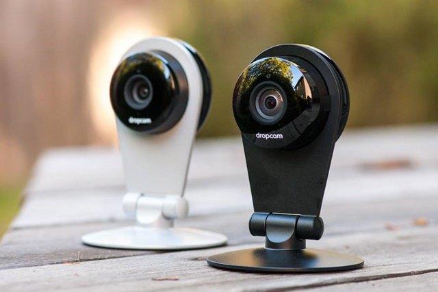 Nest приобрела разработчика камер Dropcam за 555 млн долларов. Изображение № 1.