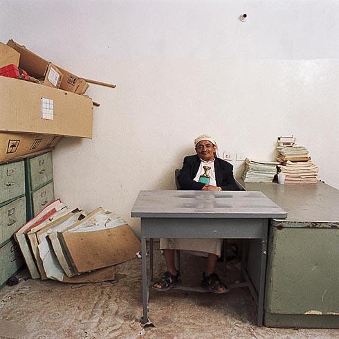 Бюрократы глазами Jan Banning. Изображение № 12.