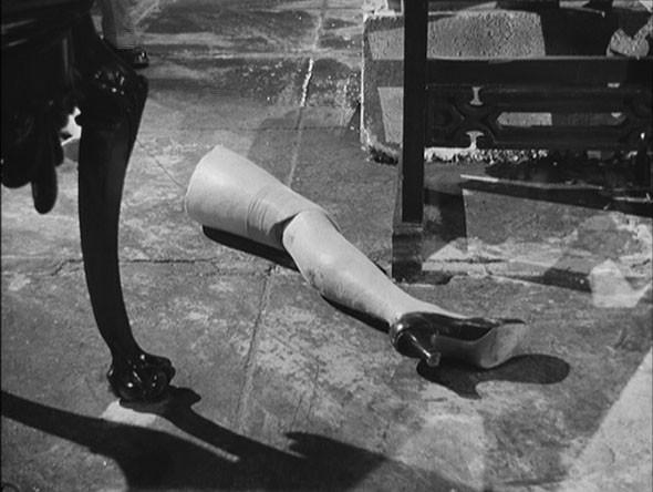«Попытка преступления» (1955) Луиса Бунюэля. Изображение № 36.