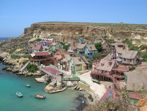 Сказочная деревня Попай моряка на Мальте. Изображение № 1.