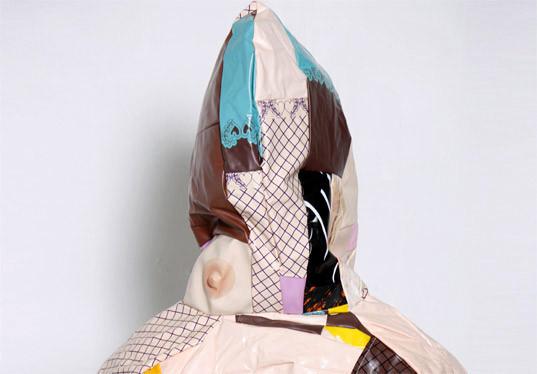 Одежда из надувных кукол. Изображение № 5.