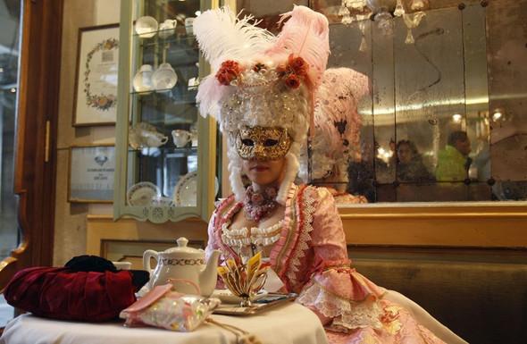 Венецианский карнавал масок. Изображение № 14.