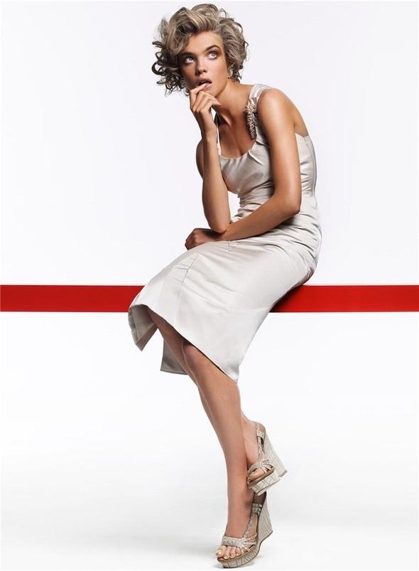 Natalia Vodianova byCraig McDean. Изображение № 6.