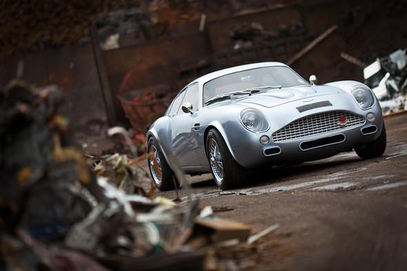 Воскрешение Aston Martin DB4 GT Zagato. Изображение № 2.