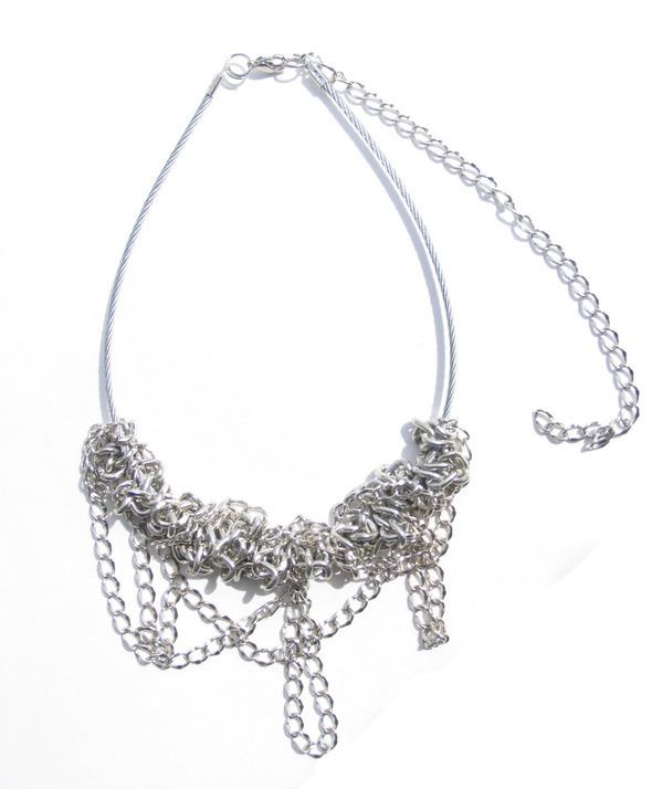 Ожерелья из цепей гаек и сантехнического шнура. Часть1. Изображение № 17.