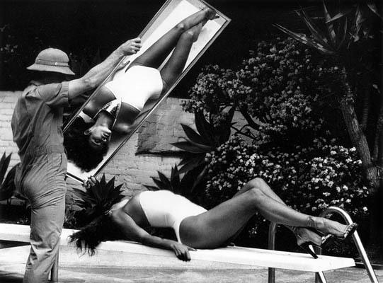 Helmut Newton-гурман женской плоти. Изображение № 14.