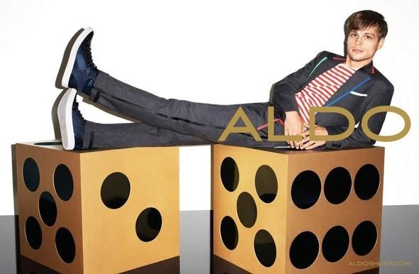 Кампания: Терри Ричардсон и Лили Дональдсон для Aldo FW 2011. Изображение № 10.