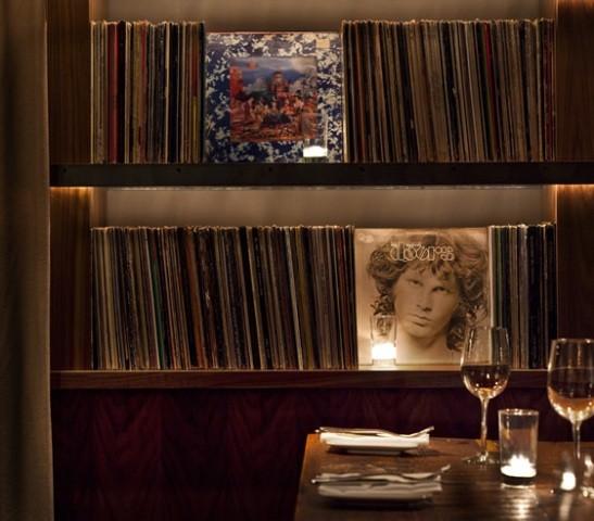 Под стойку: 15 лучших интерьеров баров в 2011 году. Изображение № 105.