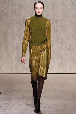 Новости моды: Выставки Chloe и Salvatore Ferragamo, Vogue в Таиланде и проект Michael Kors. Изображение № 18.