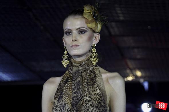 Неделя моды от «Эстет»: осень-2011 (05.10.2011). Изображение № 47.