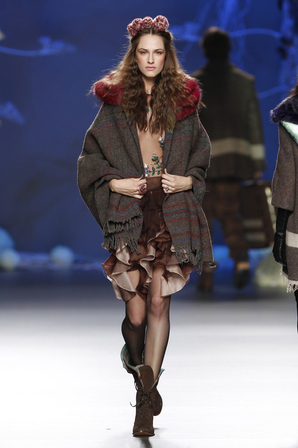 Madrid Fashion Week A/W 2012: Francis Montesinos. Изображение № 5.