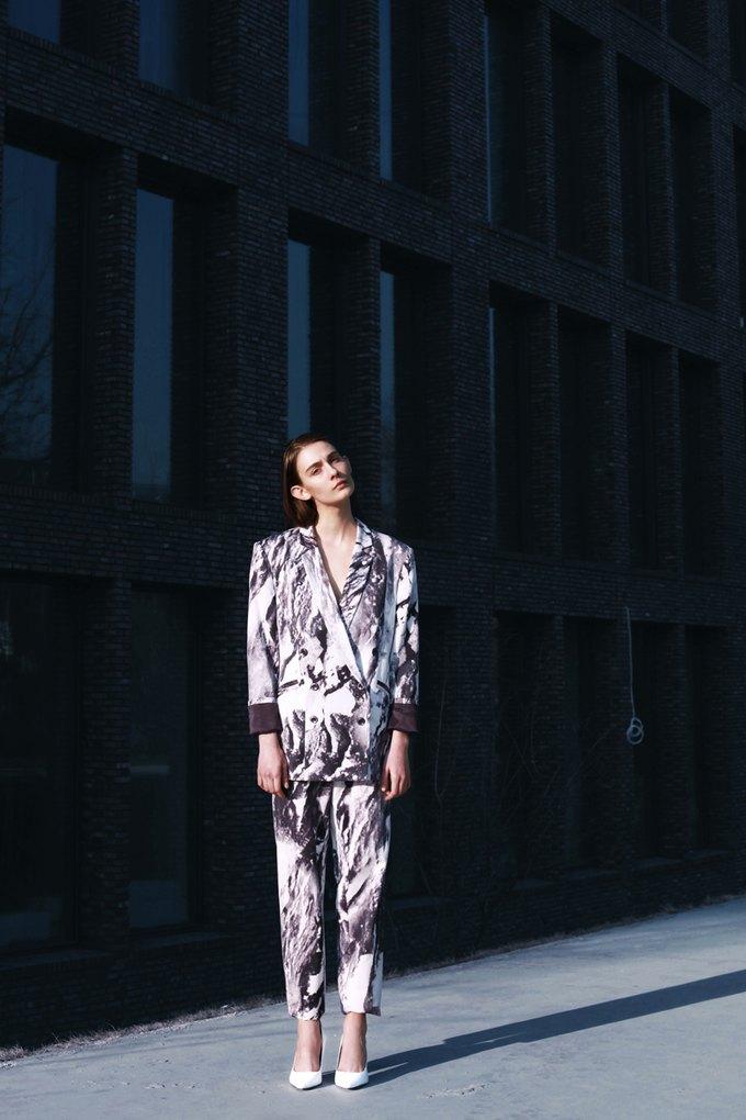 Показана новая коллекция молодого дизайнера Ольги Шурыгиной. Изображение № 20.