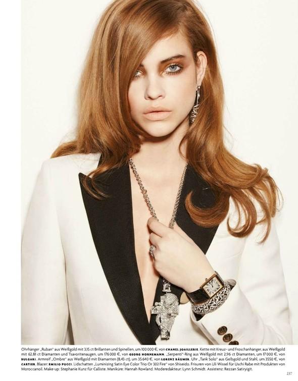 Барбара Палвин для апрельского выпуска Vogue Germany. Изображение № 7.