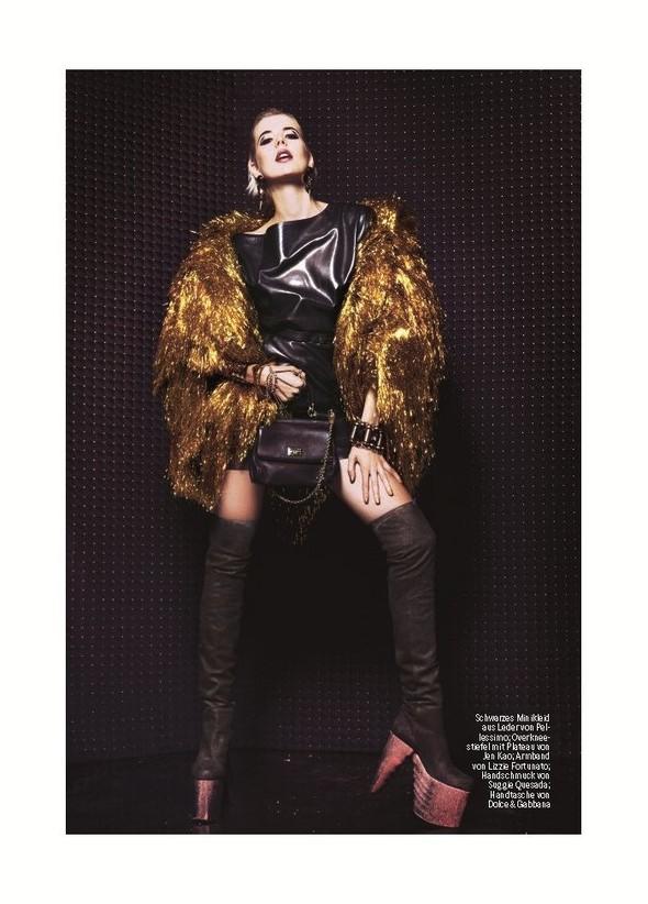 Съемка: Агнесс Дейн для немецкого журнала Stern. Изображение № 6.