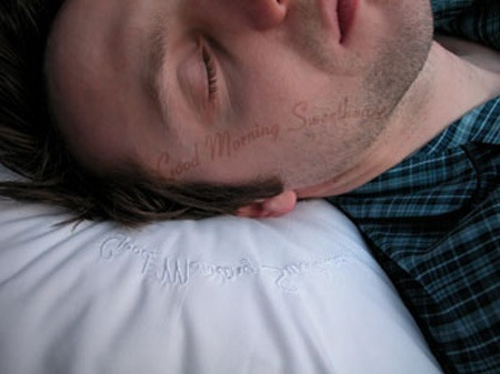 Уникальные икреативные подушки. Изображение № 1.