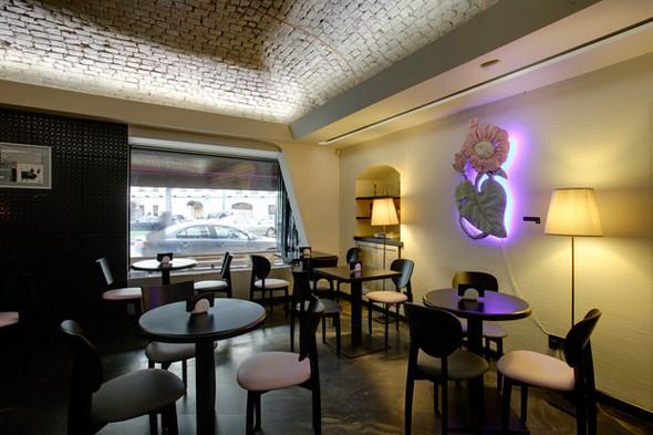 ТриКафе - новое модное заведение рядом с Театром на Таганке. Изображение № 1.